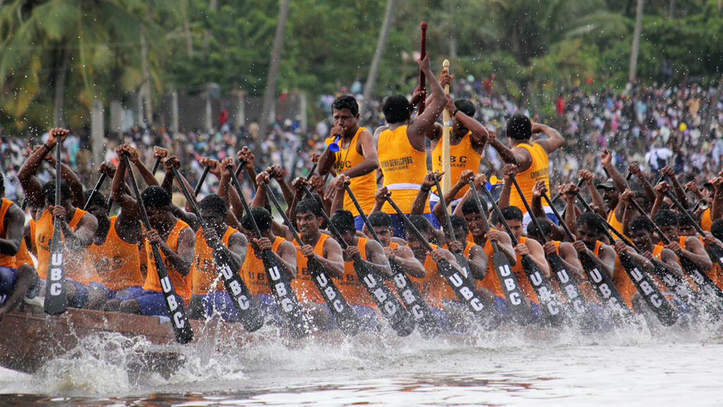 Kerala tourism india hotels Alappuzha Alleppey boat race