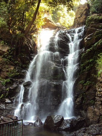Chikmagalur tourism waterfalls trekking india Hanumna Gundi Fall