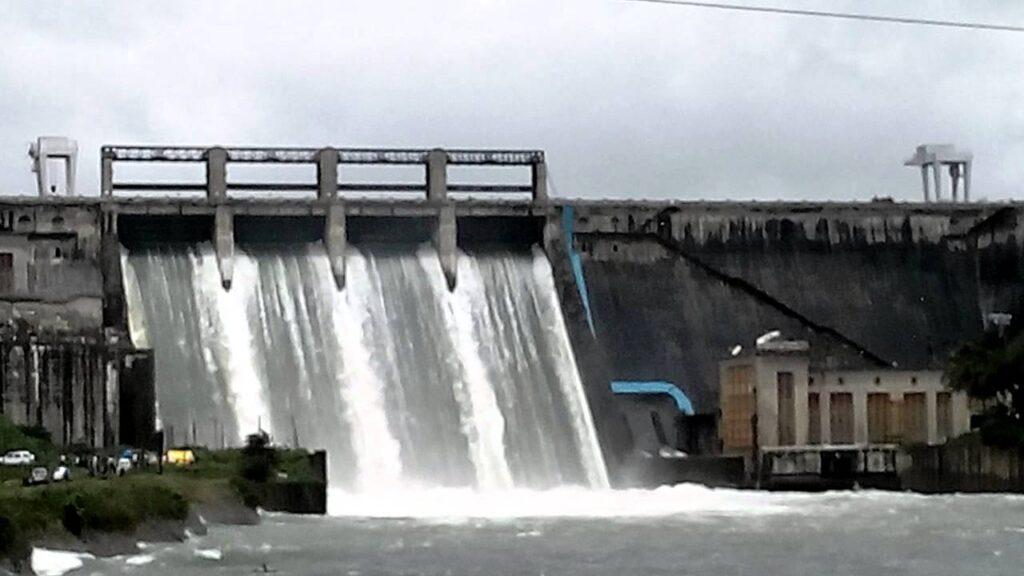 Chikmagalur tourism waterfalls trekking india Bhadra Dam